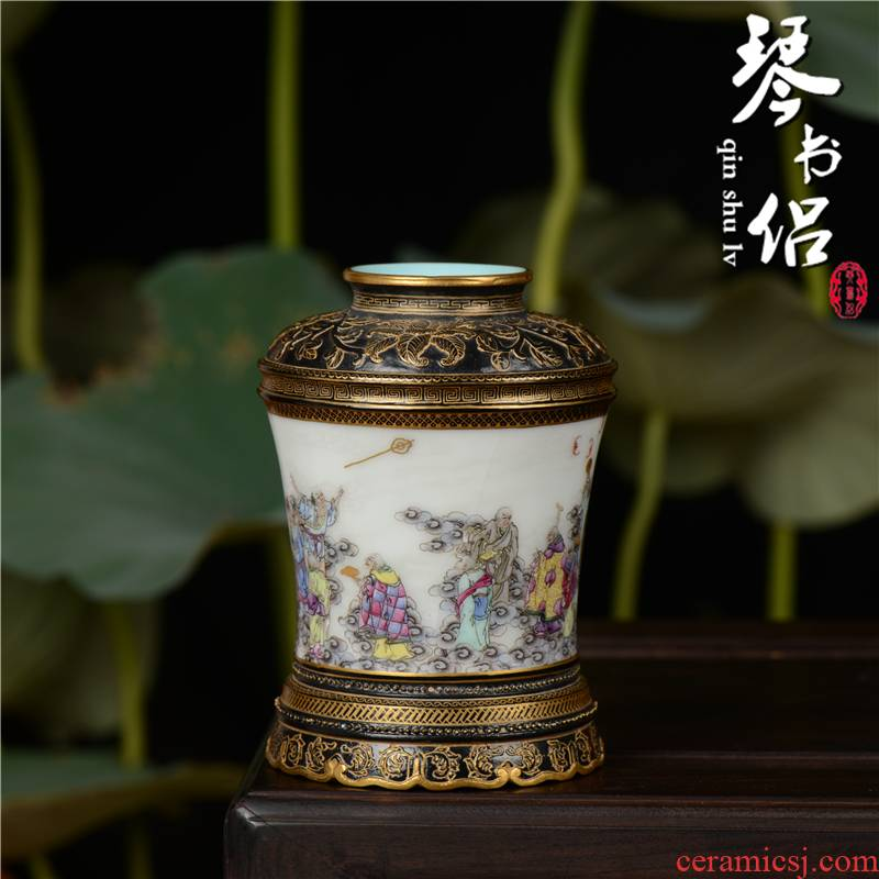 Pianology picking jingdezhen porcelain vases, antique art furnishing articles imitation qianlong pastel 18 arhats bottle of carve patterns or designs on woodwork