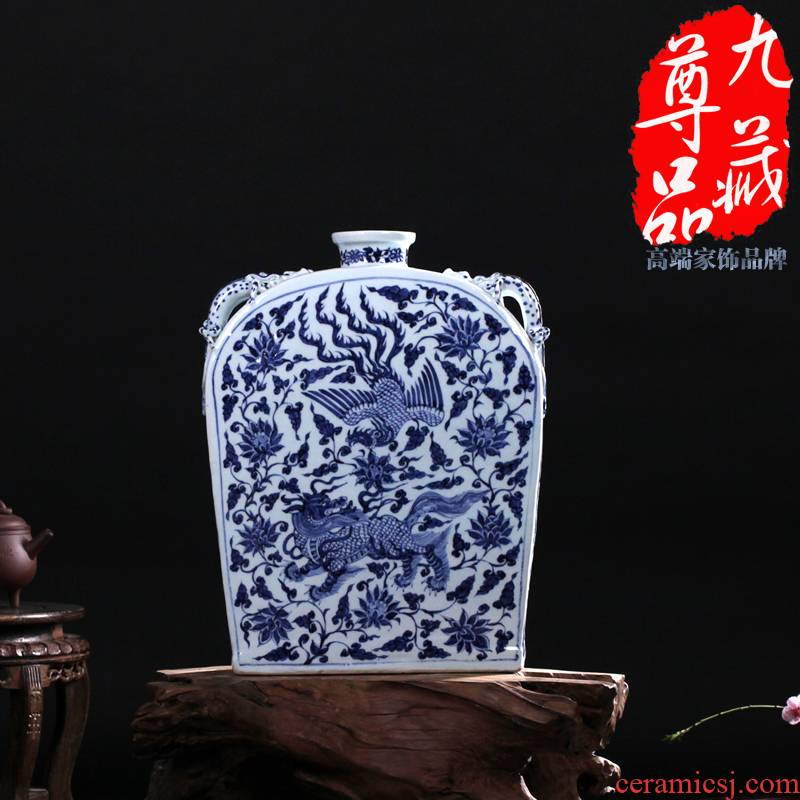 Jingdezhen ceramics imitation of yuan blue and white benevolent grain Fang Bian bottle vase household flower adornment handicraft furnishing articles