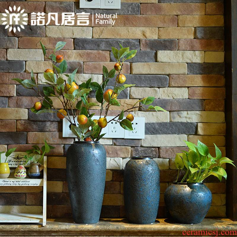 The Vases, ceramic table sitting room hotel furnishing articles dried flower arranging flowers villa clubhouse decoration European contracted coarse pottery originality