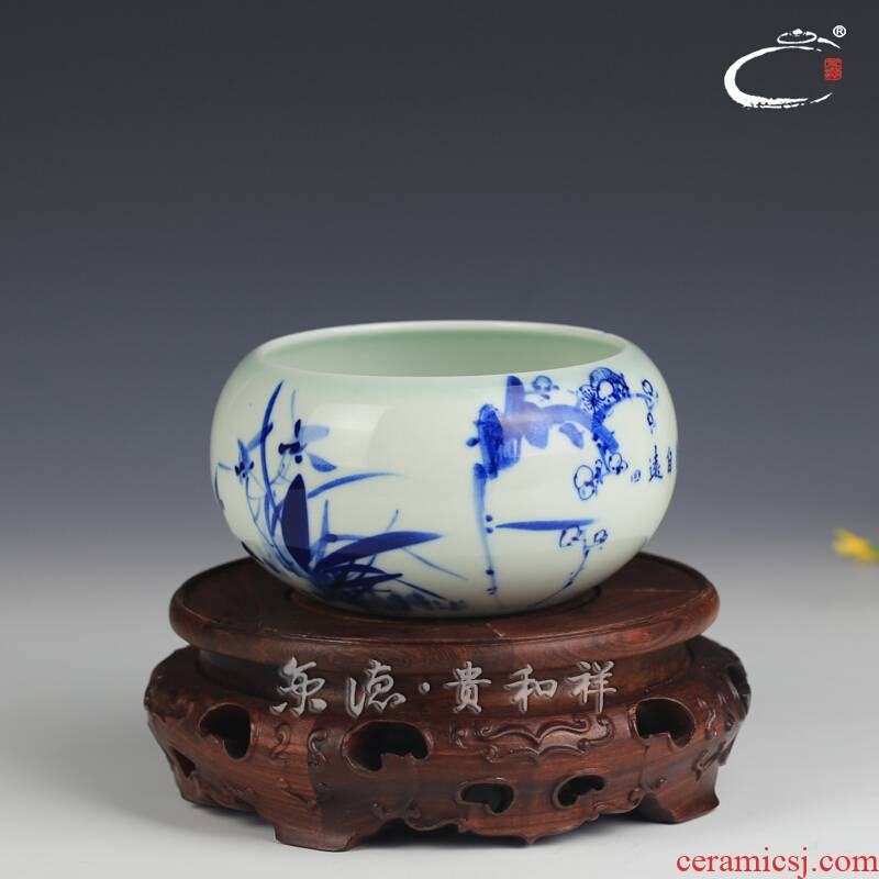And auspicious jingdezhen ceramic blue And white MeiLanJu bamboo kung fu tea tea accessories washed writing brush washer from small tea to wash