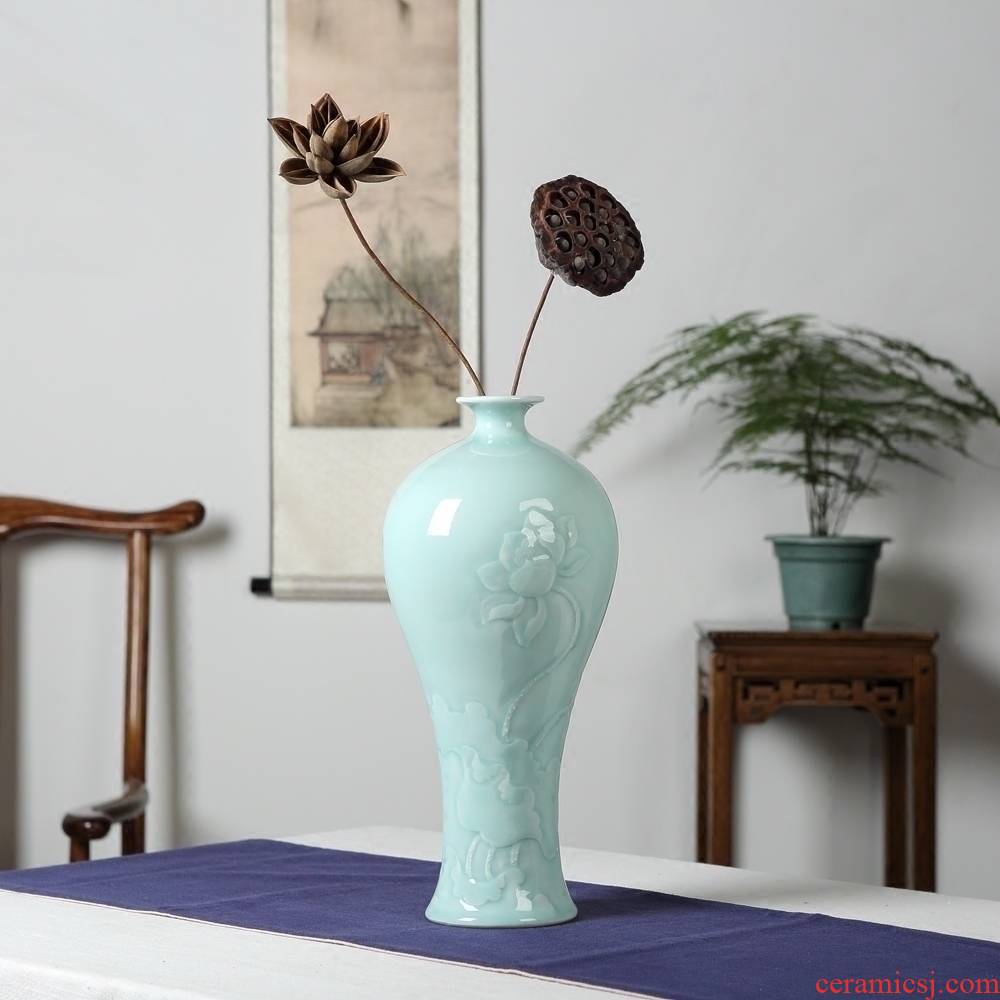 Jingdezhen ceramics vase furnishing articles manual its shadow green lotus flower vases, flower arrangement, the new Chinese style decoration