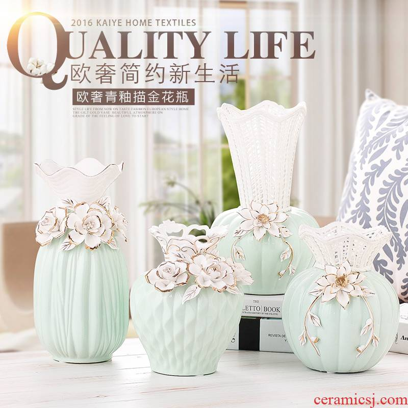 Handicraft decoration Europe type restoring ancient ways of ceramic vases, flower implement furnishing articles creative fashion mesa hollow - out rose vase
