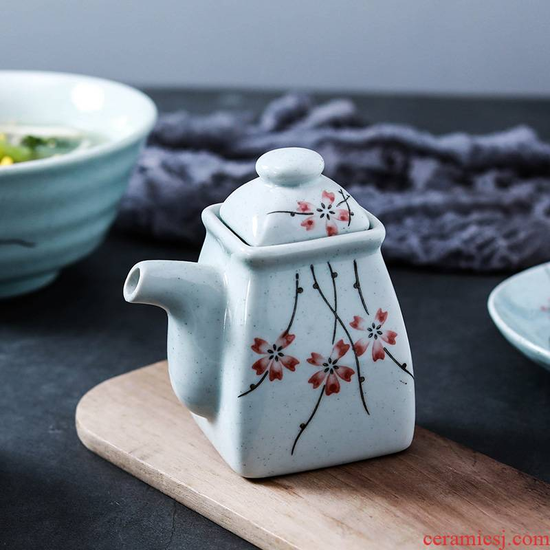 NDP creative household ceramics soy sauce pot seasoning sauce pot pot Japanese LiuYing with cover vinegar jug of containment