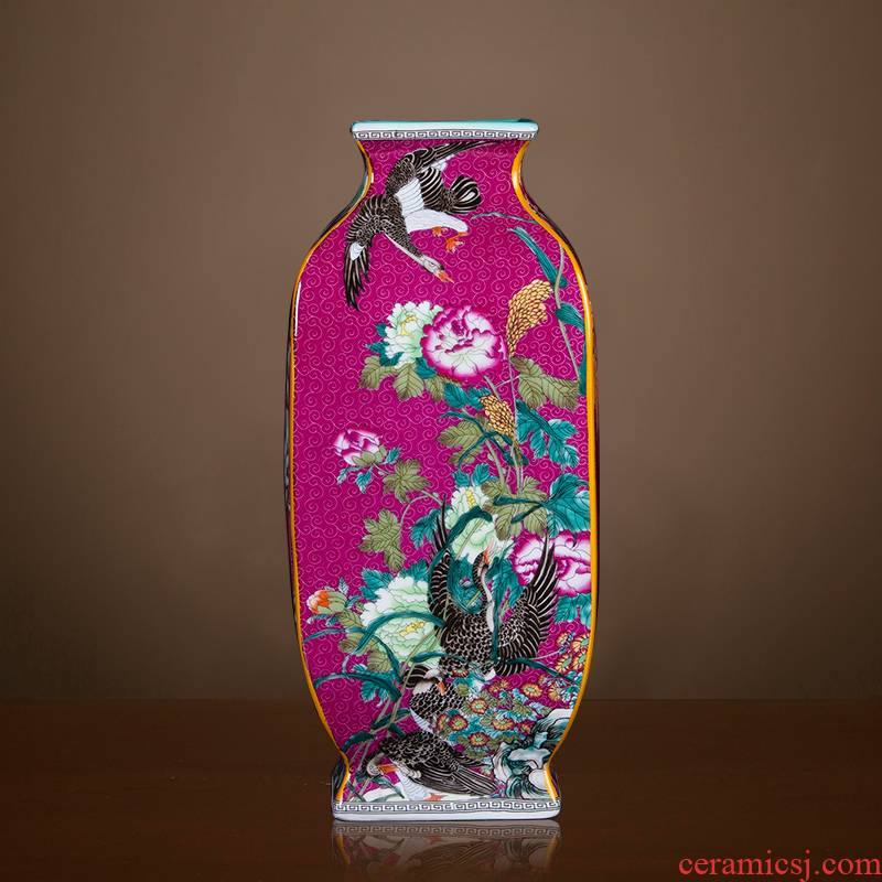 Jingdezhen ceramics imitation qianlong year pastel square antique vase Chinese rich ancient frame sitting room adornment is placed