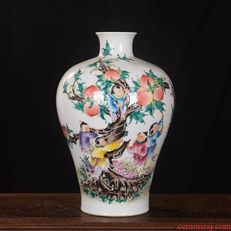 Jingdezhen ceramics high - end antique qianlong pastel peach vase household adornment mei bottle process sitting room furnishing articles
