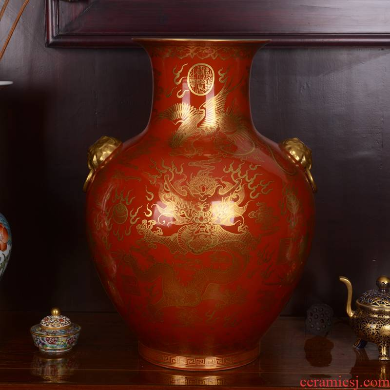 Jingdezhen ceramics ocean 's high - end antique red see colour to the reign of qianlong vase household adornment process sitting room furnishing articles