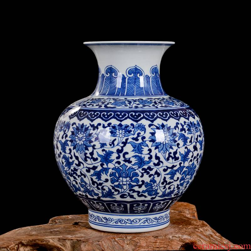 Jingdezhen fine ceramic vase hand - made archaize of blue and white porcelain lotus flower arhat furnishing articles collection of blue and white porcelain bottle