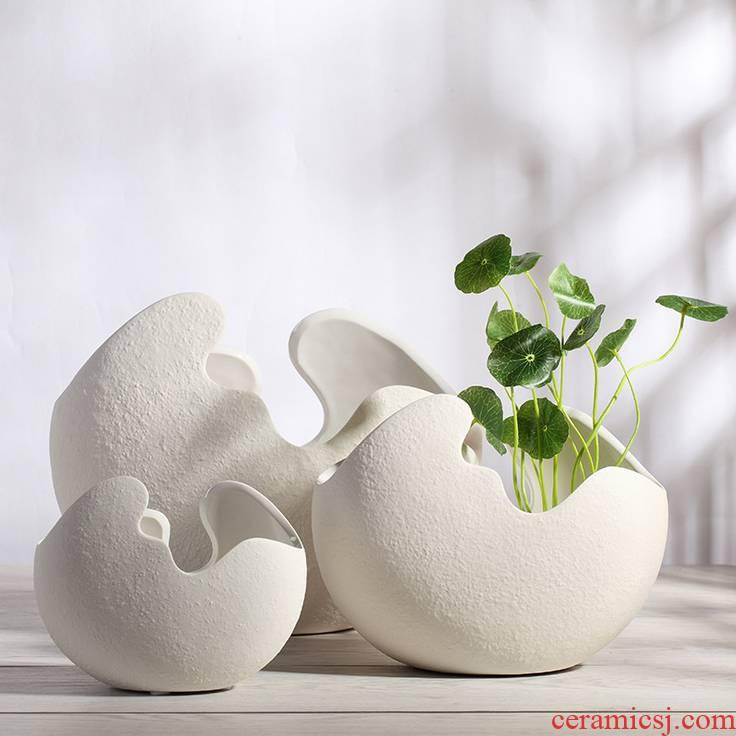 Jingdezhen ceramics white eggshell creative floret bottle sitting room adornment hydroponic flower arrangement furnishing articles of modern art