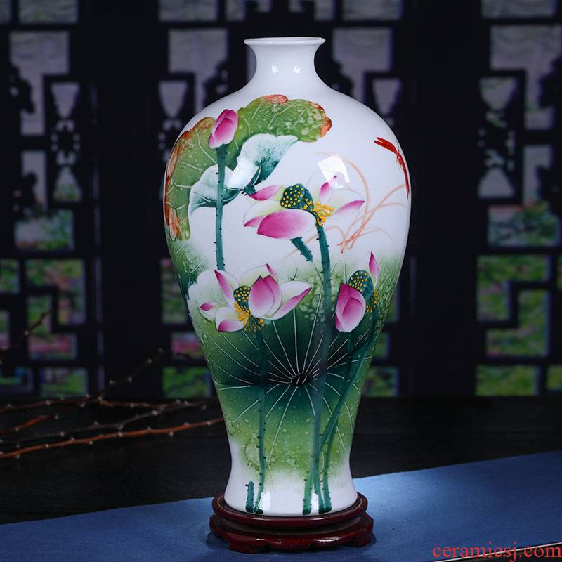 Jingdezhen ceramics hand - made lotus rhyme famille rose porcelain vase sitting room place, famous master of decorative arts