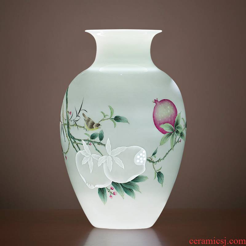 Jingdezhen ceramics Chinese hand - made orioles pomegranate vase master home sitting room porch decoration as furnishing articles