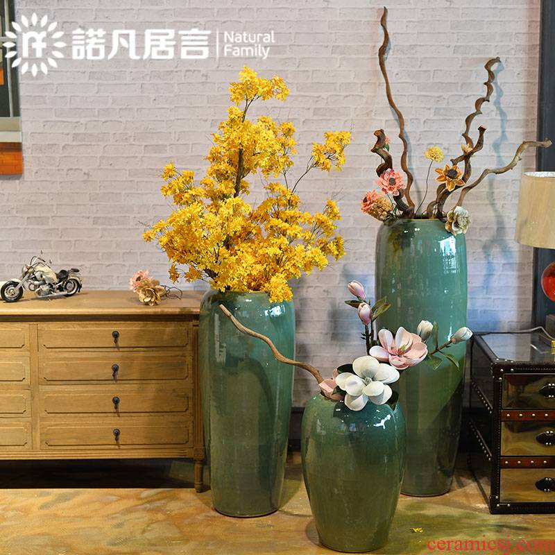 European ceramic floor tall contracted flowerpot vase glaze up with dried flowers flower arrangement sitting room adornment is placed