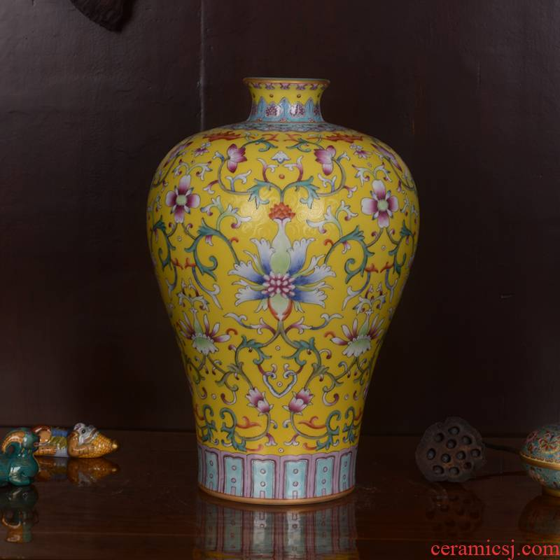 Jingdezhen ceramics high - grade hand - made archaize end of qianlong emperor huang mei bottle vase home decoration craft furnishing articles in the living room