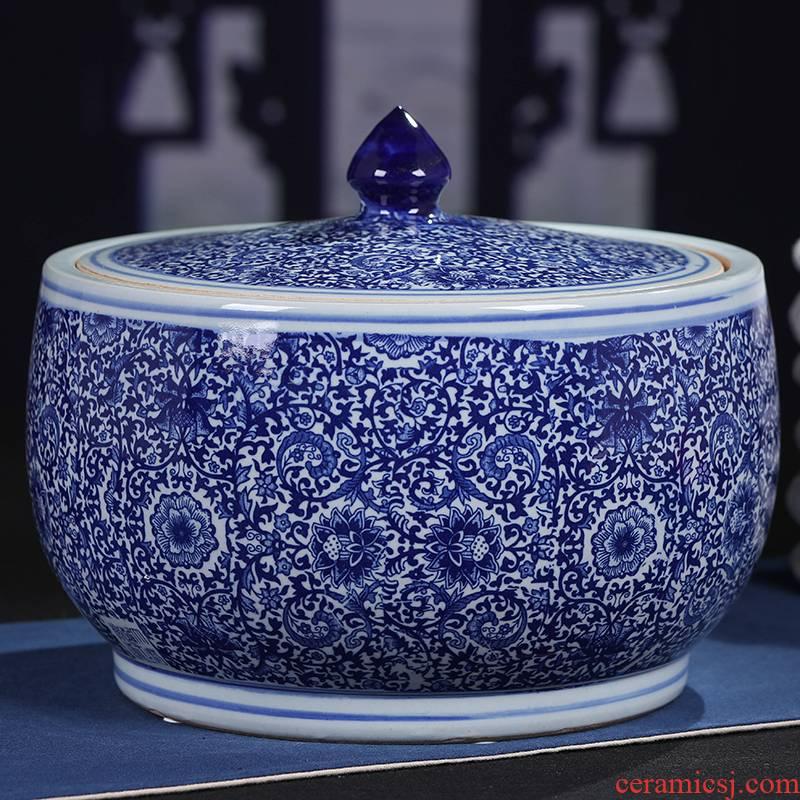 Jingdezhen blue and white tea cake tin, household ceramics pu 'er tea cake tea cake box of general tank storage tanks