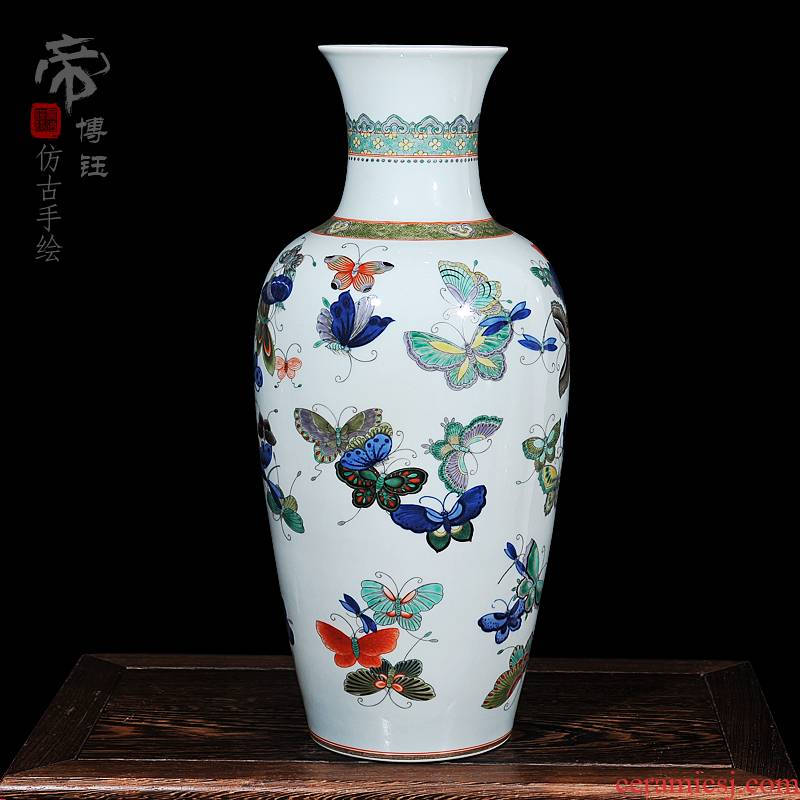 Jingdezhen blue and white hand - made ceramic vase archaize the the qing emperor kangxi years butterfly vase household decoration process