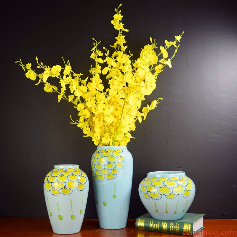 Jingdezhen ceramic vase creative television wine sitting room porch of new Chinese style household soft adornment flower arranging furnishing articles