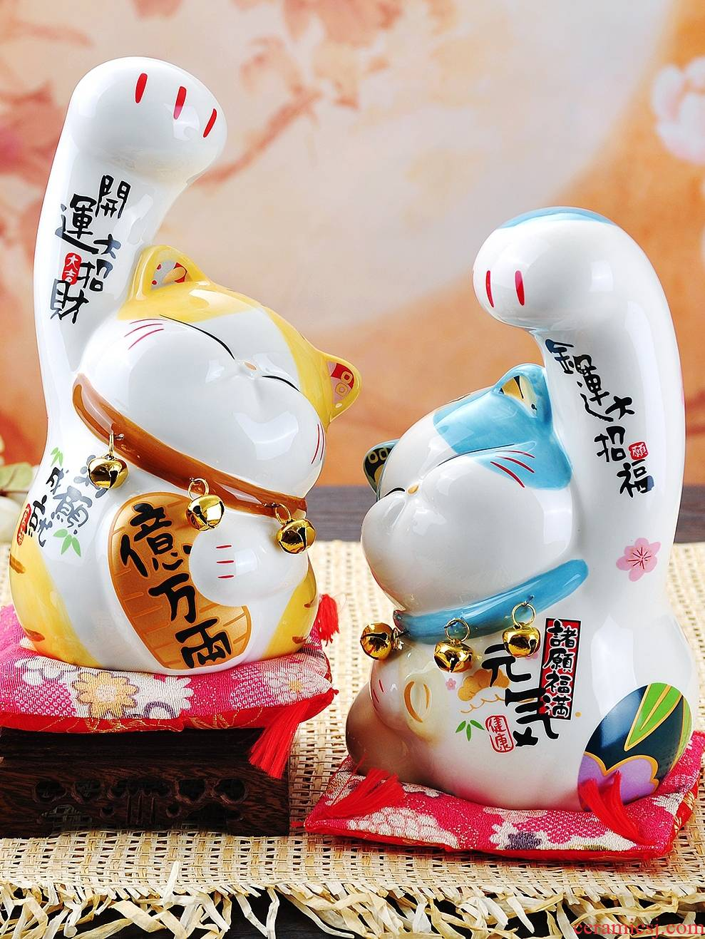 Plutus cat saving furnishing articles ceramic piggy bank home decoration creative men and women friends birthday gift opening gifts