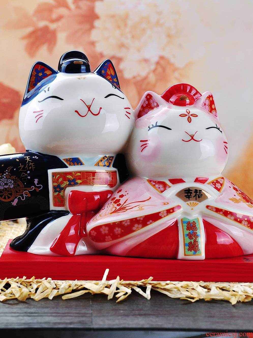 Valentine 's day gift marriage room adornment is placed lovely ceramic plutus cat piggy bank girlfriends friend wedding gift