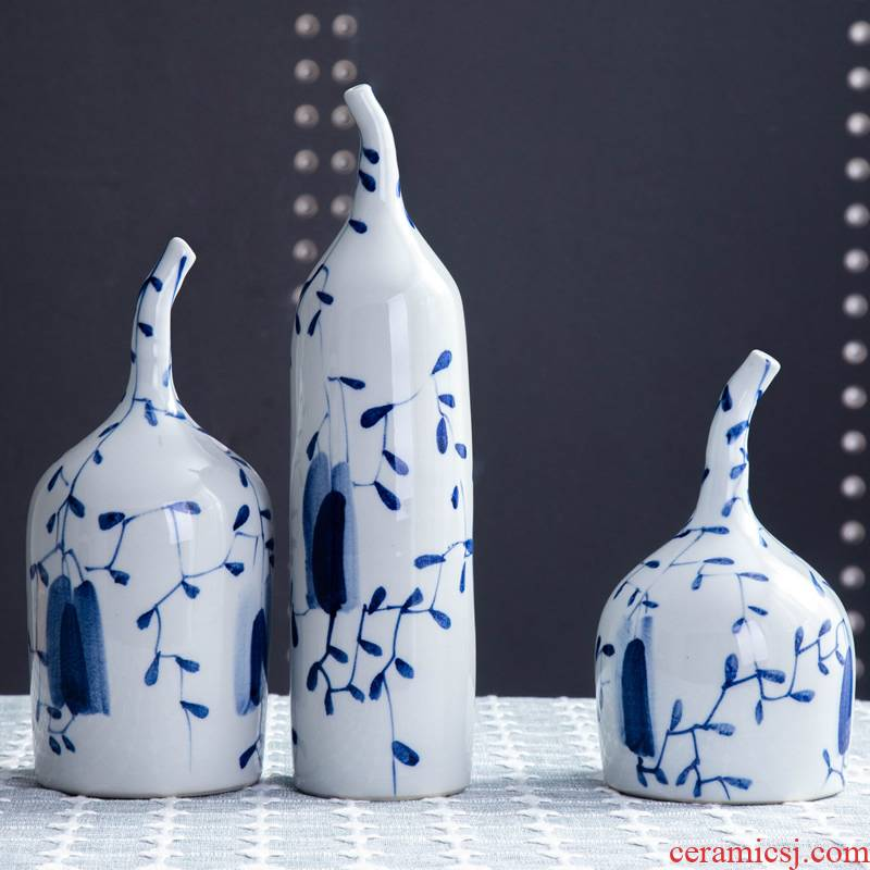 Jingdezhen ceramic vase hand - made creative home furnishing articles, small pure and fresh and dried flowers, flower arrangement table soft adornment ornament
