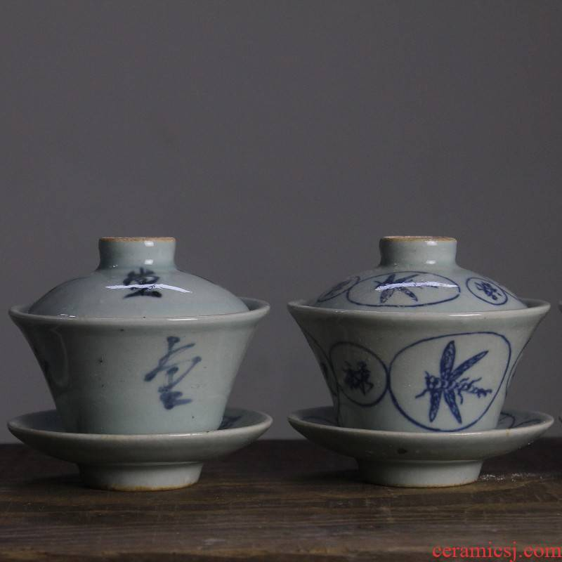 Archaize of jingdezhen blue and white porcelain tea set iron rusty spot three up is blue and white tea tureen tea bowl, the tea is taking