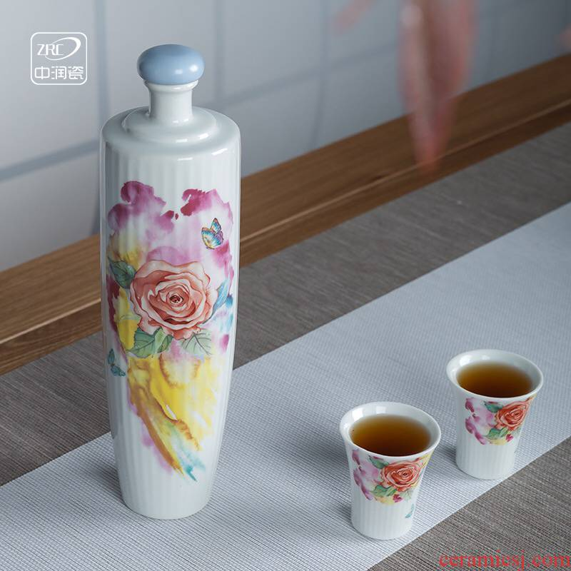 Jingdezhen creative wine bottle small household glass liquor wine bottle sealed ceramic gift mailed to pack a kilo