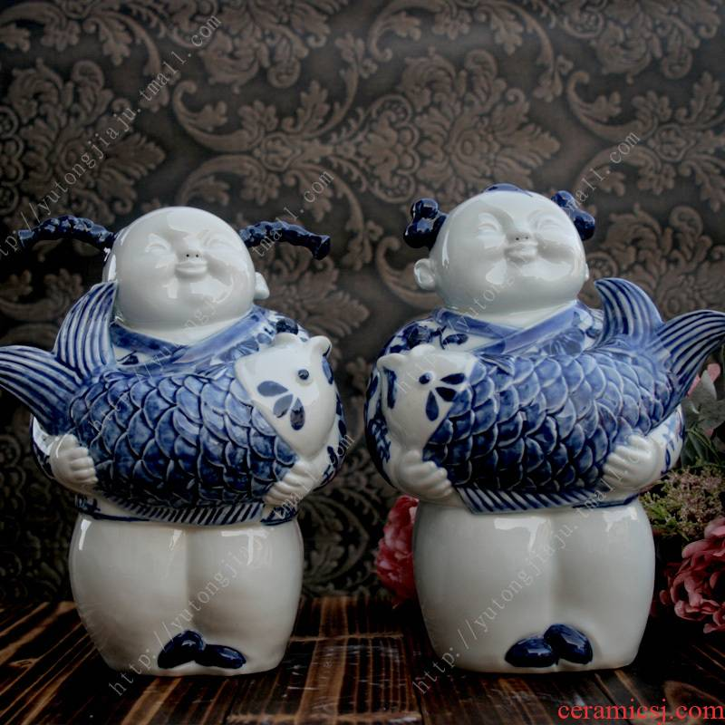 The rain tong home | jingdezhen ceramics craft its - wining The blue and white porcelain doll, furnishing articles every year
