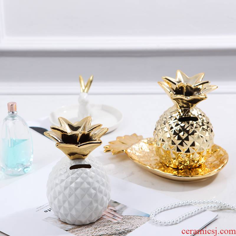 Creative ceramic pineapple furnishing articles of modern simplicity Nordic bedroom room wine sitting room adornment piggy bank