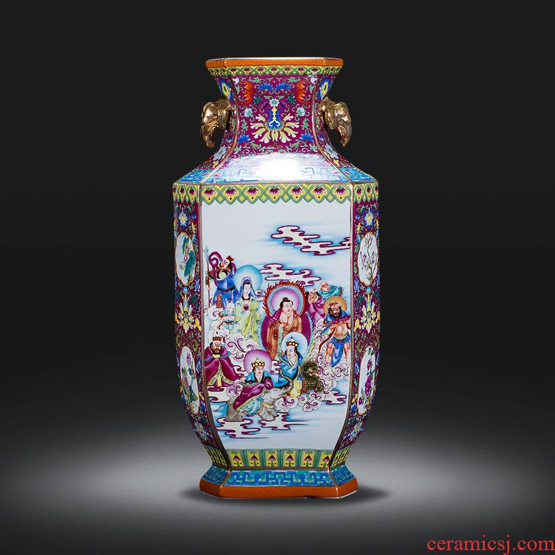 Jingdezhen ceramics vase archaize qianlong famille rose porcelain vase after classical Chinese style rich ancient frame is placed in the living room