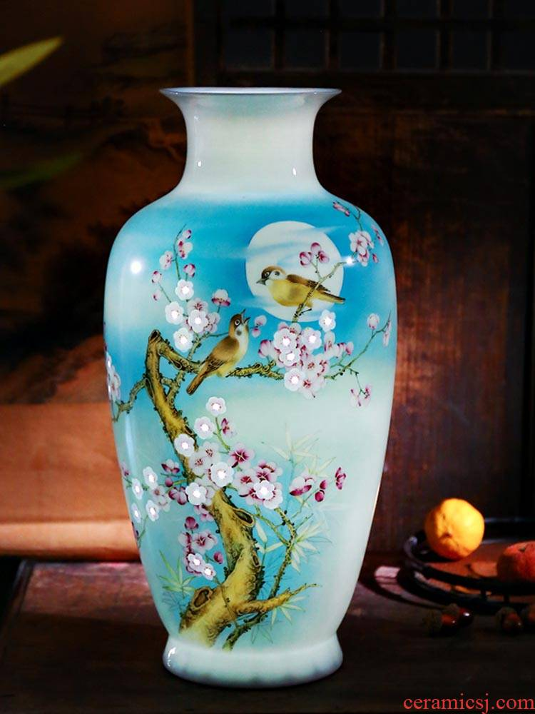 Jingdezhen ceramics famous hand - made thin body new sitting room of Chinese style household vase rich ancient frame furnishing articles decoration gifts