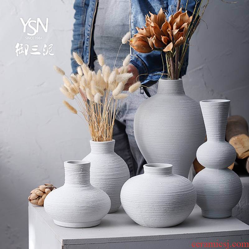Retro contracted flower implement northern Japanese ceramic vases, dried flower flower Chinese zen furnishing articles sitting room small and pure and fresh