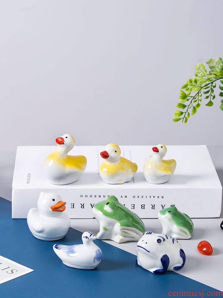 Fish aquarium decorative landscape small place jingdezhen ceramic home lovely Fish floating desktop creative product