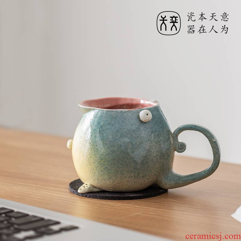 Day Wilson of jingdezhen ceramic little monster series water glass keller cup coffee cup couples creative move trend
