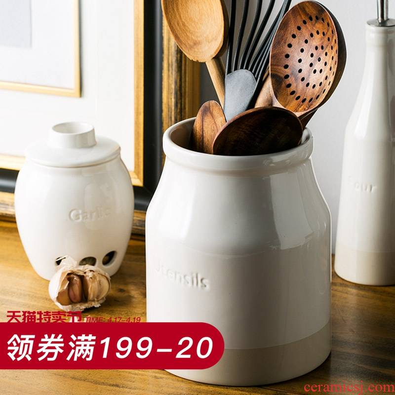 And European ceramics receive a jar of chopsticks spoon the receive tube creative chopsticks tableware receive a box of kitchen storage tank