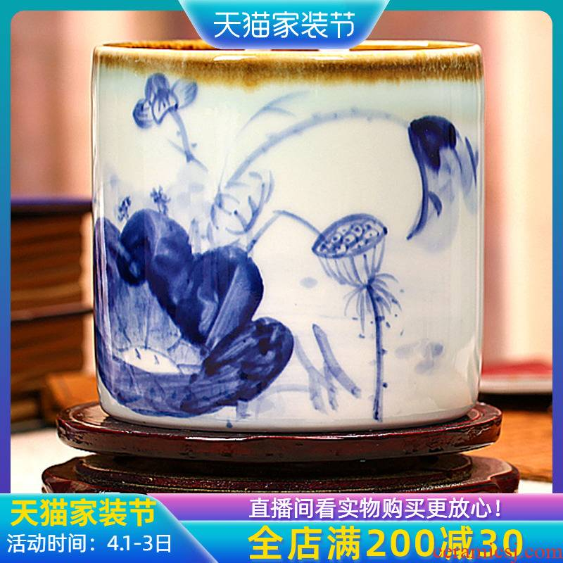 Jingdezhen ceramic blue pen container the teacher head 'day gift practical creative office home furnishing articles