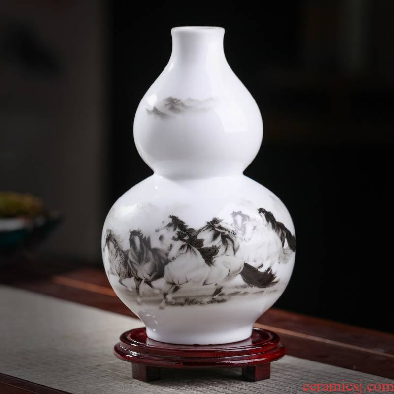 Jingdezhen ceramics town curtilage lucky Chinese style living room furniture and furnishing articles wine gourd vase decorative arts and crafts