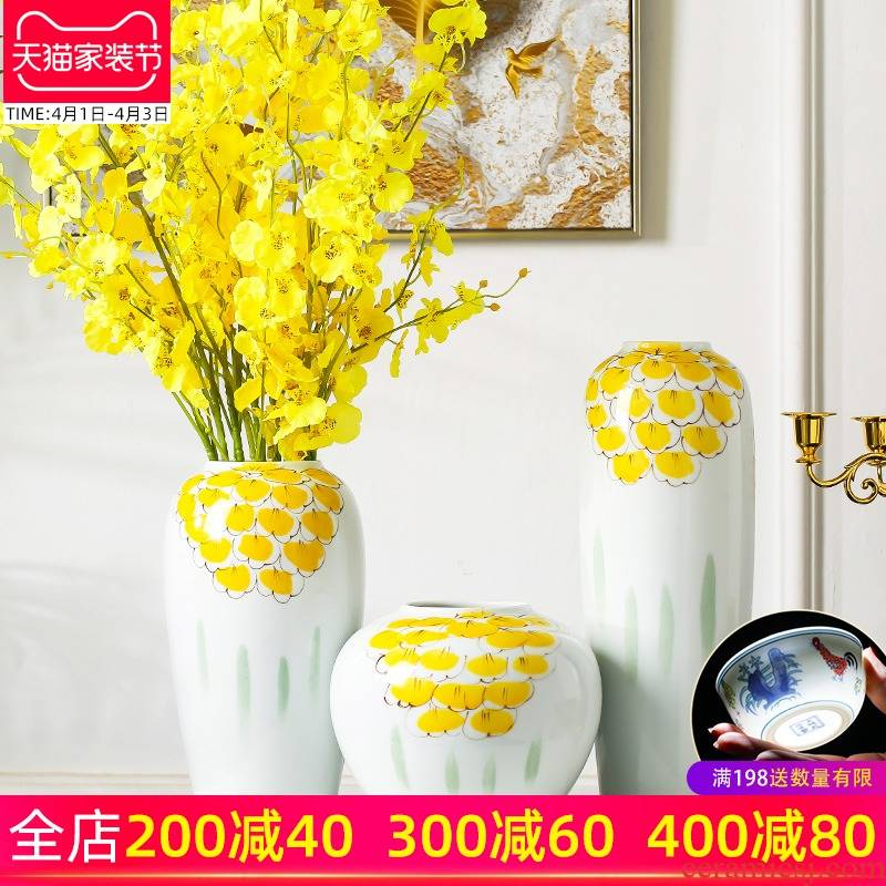 Jingdezhen porcelain vases, ceramic creative furnishing articles sitting room put the dried flower implement new Chinese style household adornment ornament