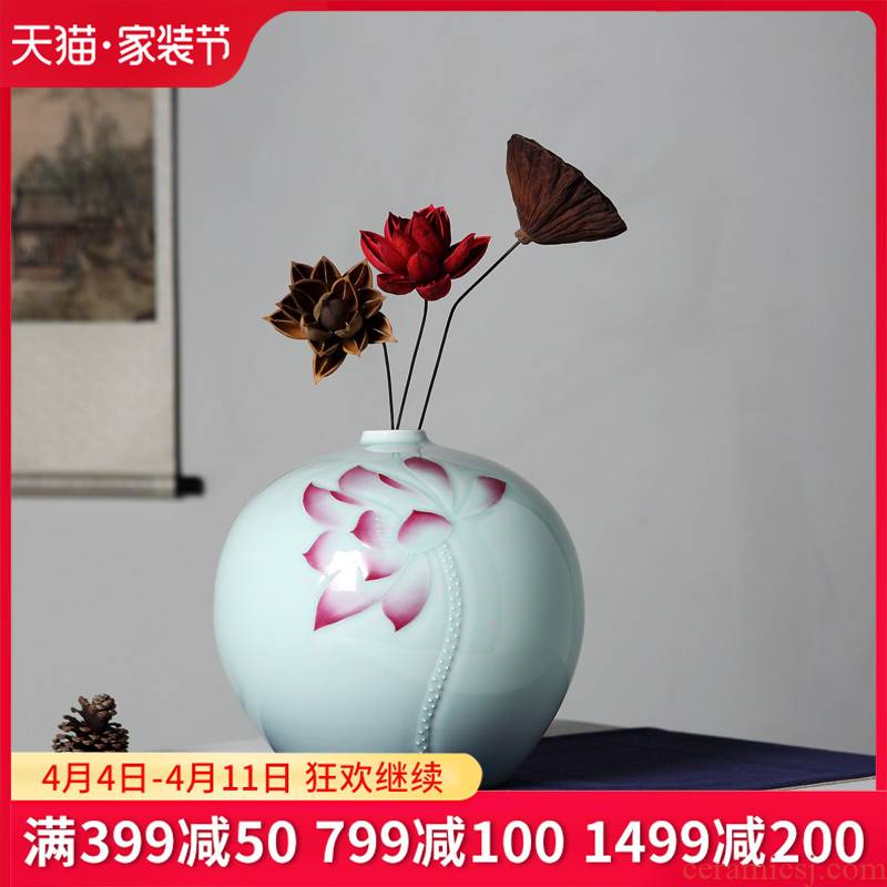 Jingdezhen chinaware lotus pomegranate vases, flower arrangement, zen new Chinese style household adornment rich ancient frame furnishing articles
