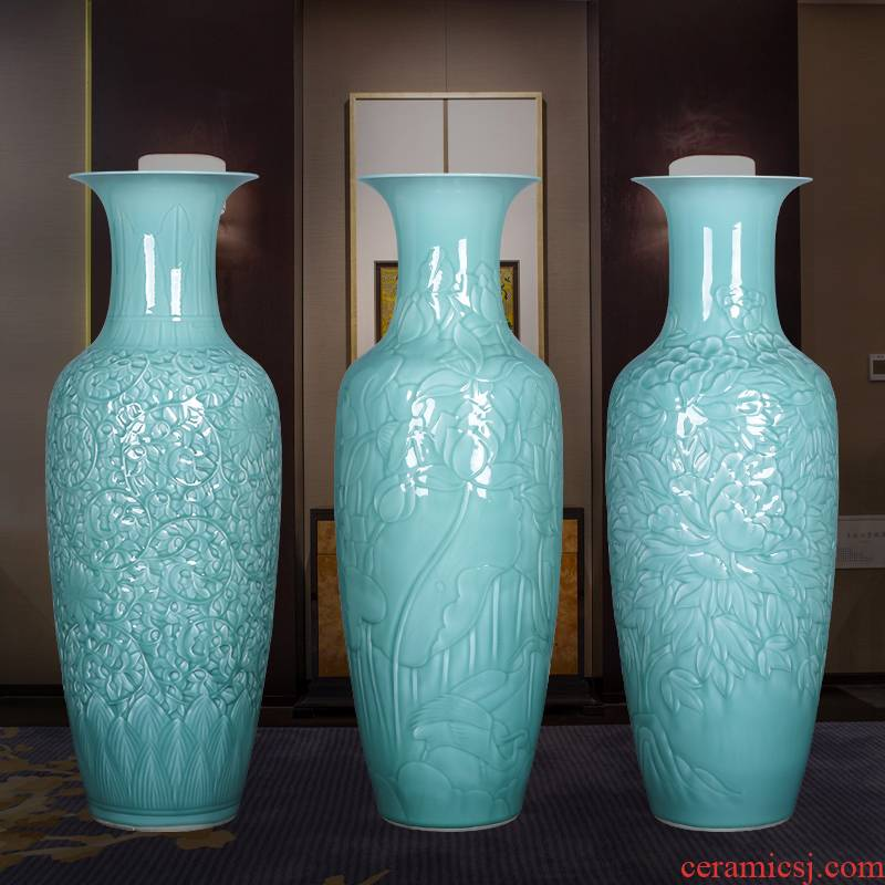 Jingdezhen ceramics craft reliefs green glaze of large vases, large Chinese style living room home furnishing articles