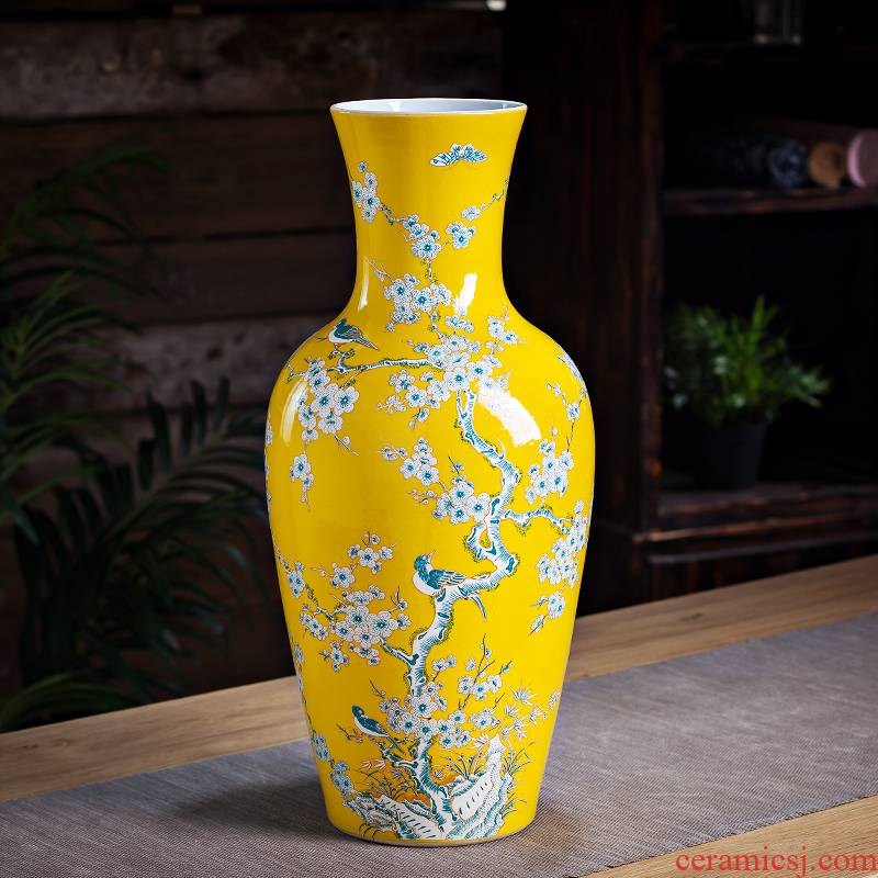 Jingdezhen ceramic antique kangxi vase furnishing articles large hand made yellow flower arranging Chinese ancient frame sitting room adornment