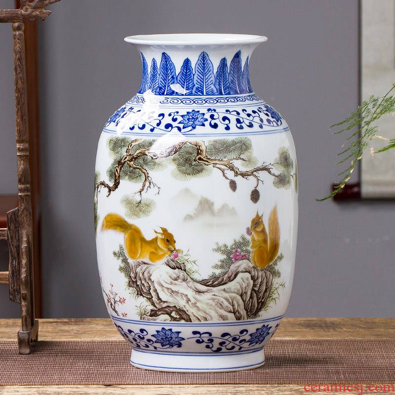 New Chinese style household jingdezhen ceramics bucket color blue and white porcelain vase flower arrangement sitting room adornment is placed TV ark