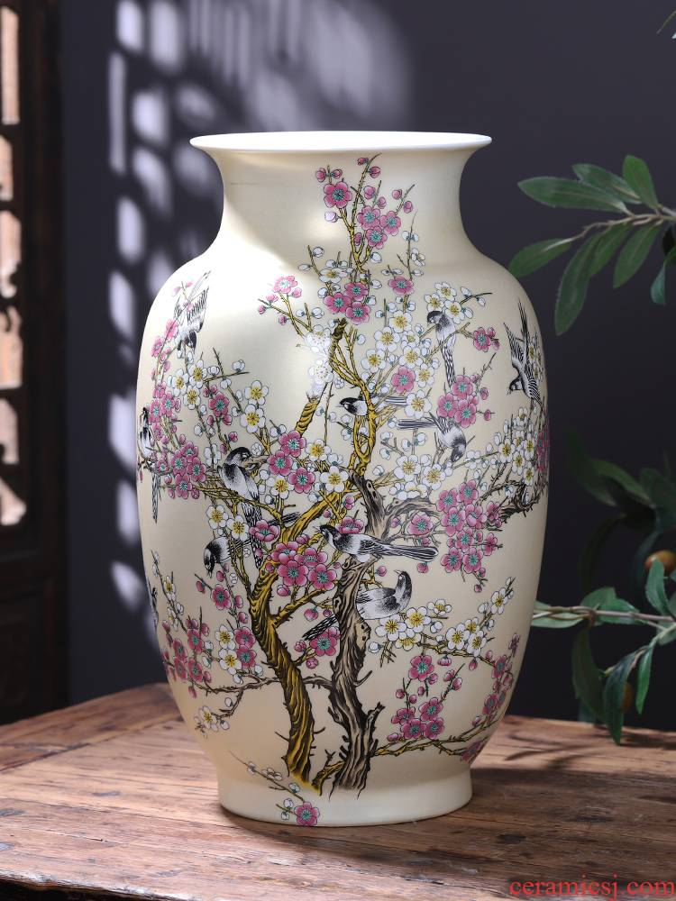 Jingdezhen ceramics vase landing large Chinese flower arranging sitting room adornment TV ark, act the role ofing is tasted furnishing articles of handicraft
