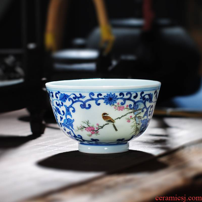 Owl up jingdezhen blue and white color bucket kung fu tea set antique teacup single CPU master sample tea cup tie up the lotus flower, open the window