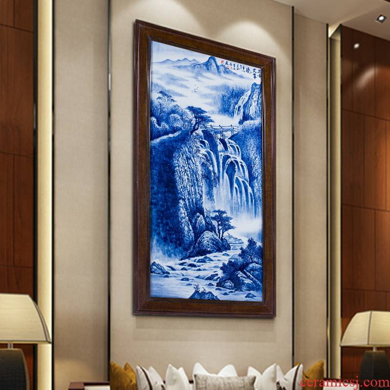 Pure hand - made ceramic painting landscape painting of the blue and white porcelain plate painting the sitting room adornment feel porch hang a picture to the study of new Chinese style