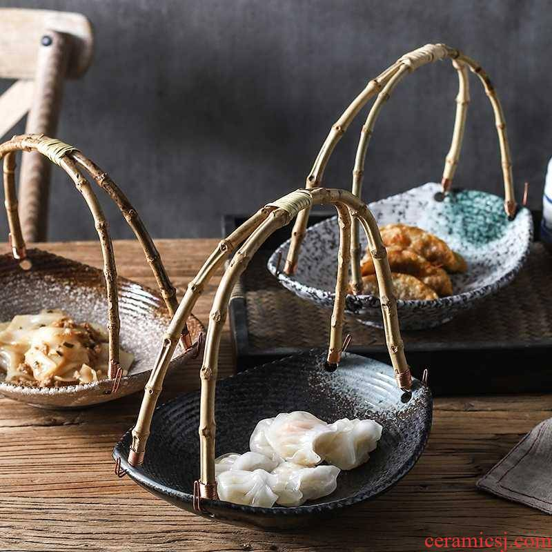 Creative Japanese sushi restaurant hotel ceramic plate characteristics tableware plate bamboo handle stage of fruit basket