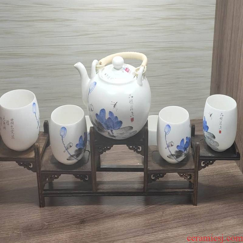 Jingdezhen porcelain tea set. 580