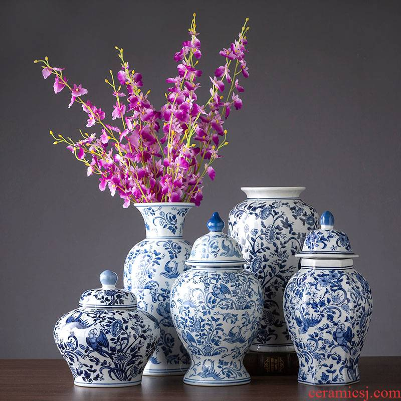 Jingdezhen ceramic blue and white porcelain vase place to live in the sitting room is blue and white porcelain vase flower arranging TV ark, decoration decoration