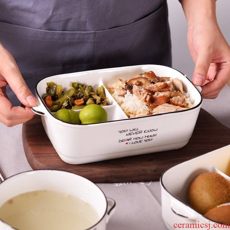With cover space ceramic containers in the microwave for two or three points bento box cassette of rice, a ceramic bowl
