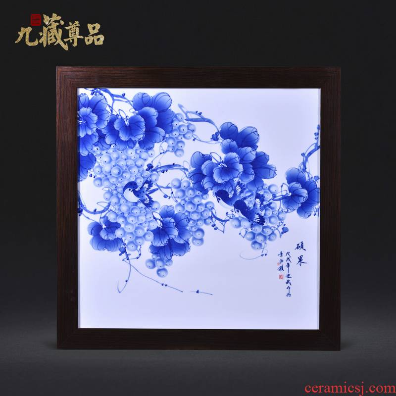 Jingdezhen ceramics Liu Shuwu hand - made porcelain plate painting Chinese style household decoration crafts are rich fruits