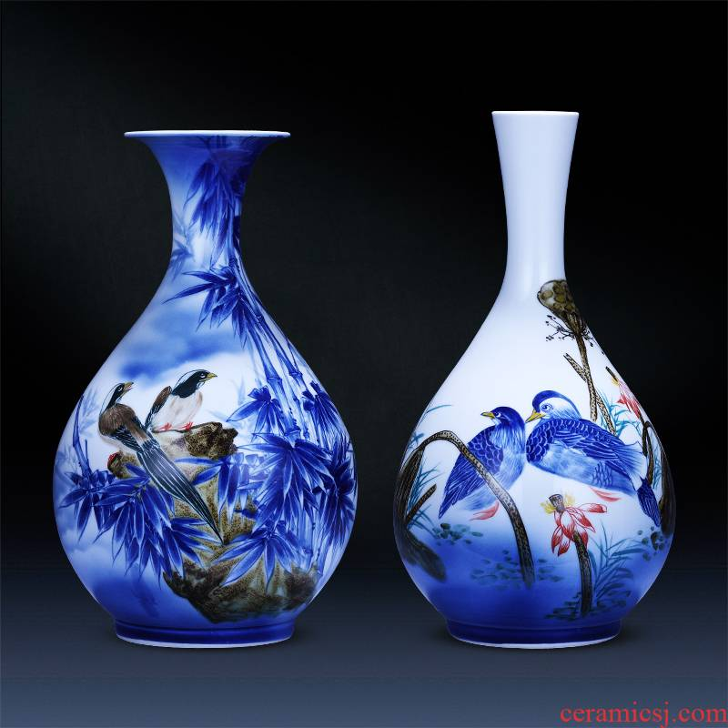Jingdezhen ceramics handpainted stripes Chinese modern blue and white porcelain vase household flower adornment furnishing articles