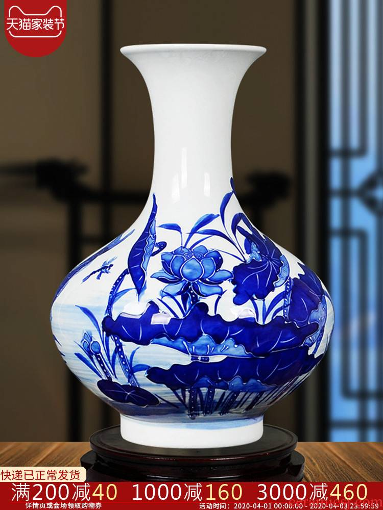 Jingdezhen ceramics hand - made reliefs of blue and white porcelain vases, the sitting room porch place decorations home rich ancient frame fd