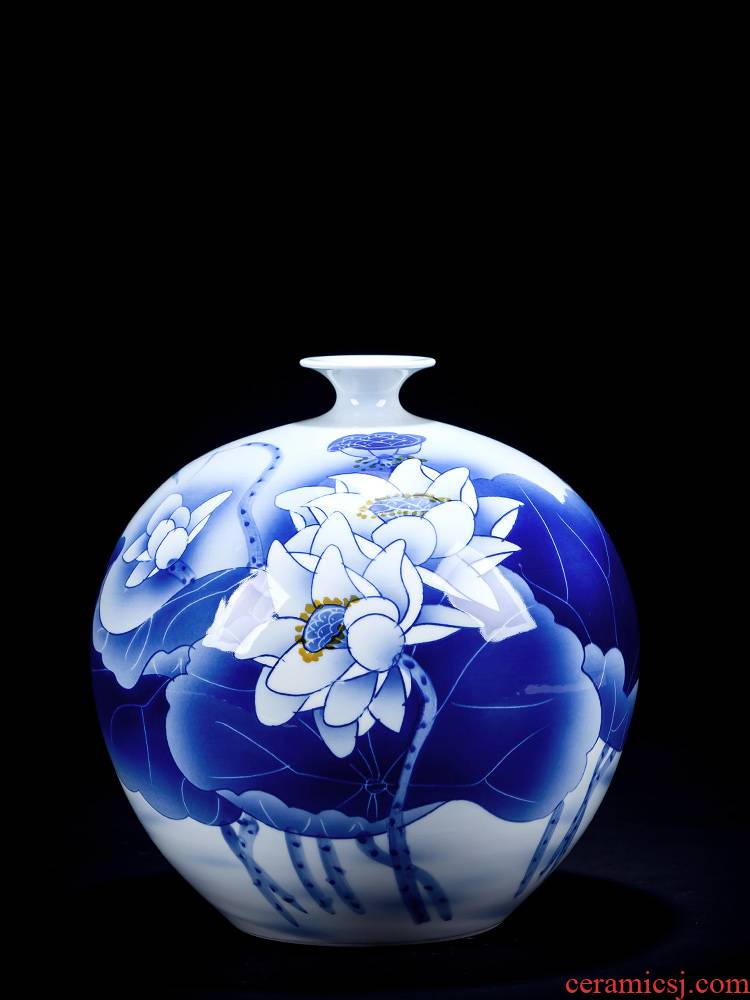 Jingdezhen ceramics hand - made vases pomegranates of blue and white porcelain bottle of new Chinese style household decoration flower arrangement sitting room furnishing articles